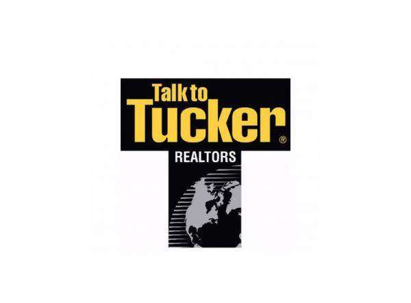 Mackensie Woods w/FC Tucker